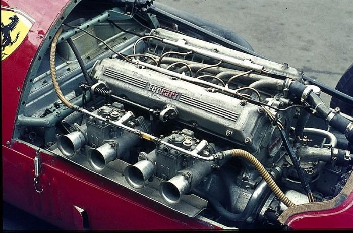 50er Jahre / Motor des Ferrari 625F1 / 2 x 625 = 2500 / 2498 cm³